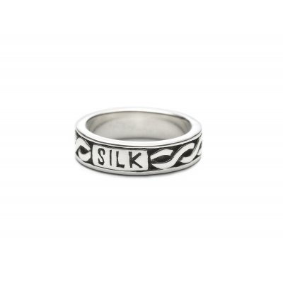 Silk Knuckle Ring 632